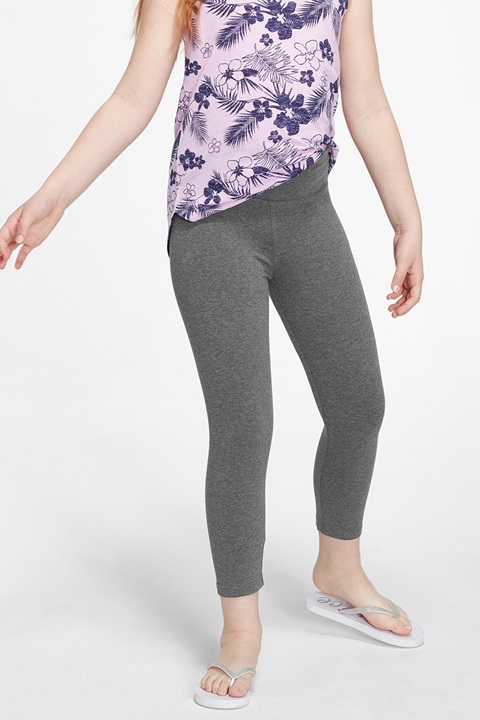 KWD5 / QR60 / AED65 / BD6.5 / JD14 / SAR75 / OMR6    Classic Crop Grey Leggings    15200467608